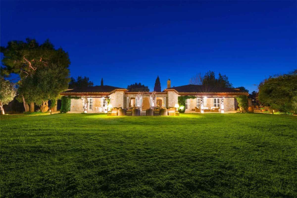 MAJESTIC WATERFRONT Estate: Una mega mansión en Grecia con tres playas privadas y un helipuerto a la venta por $20 millones