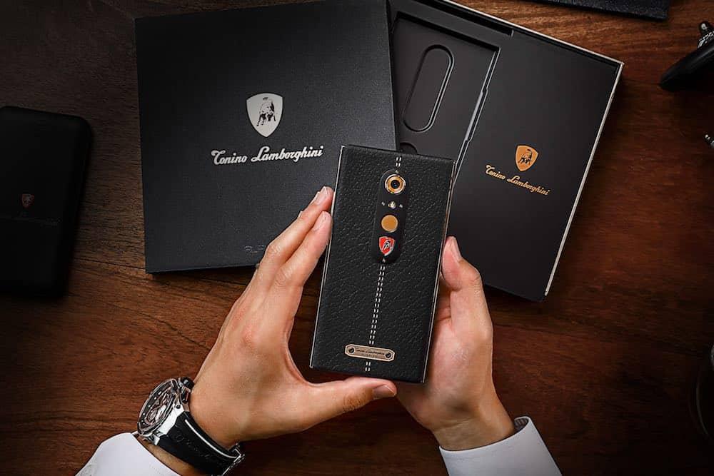 Lamborghini ALPHA ONE debuta como su más reciente teléfono Android de lujo