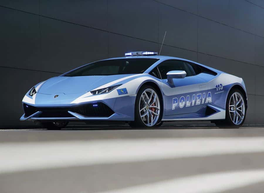 Lamborghini entrega este poderoso Huracán a la policía italiana