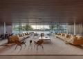 Esta increíble mansión con laguna artificial en Indian Creek, Miami Beach puede ser tuya por $29,7 millones
