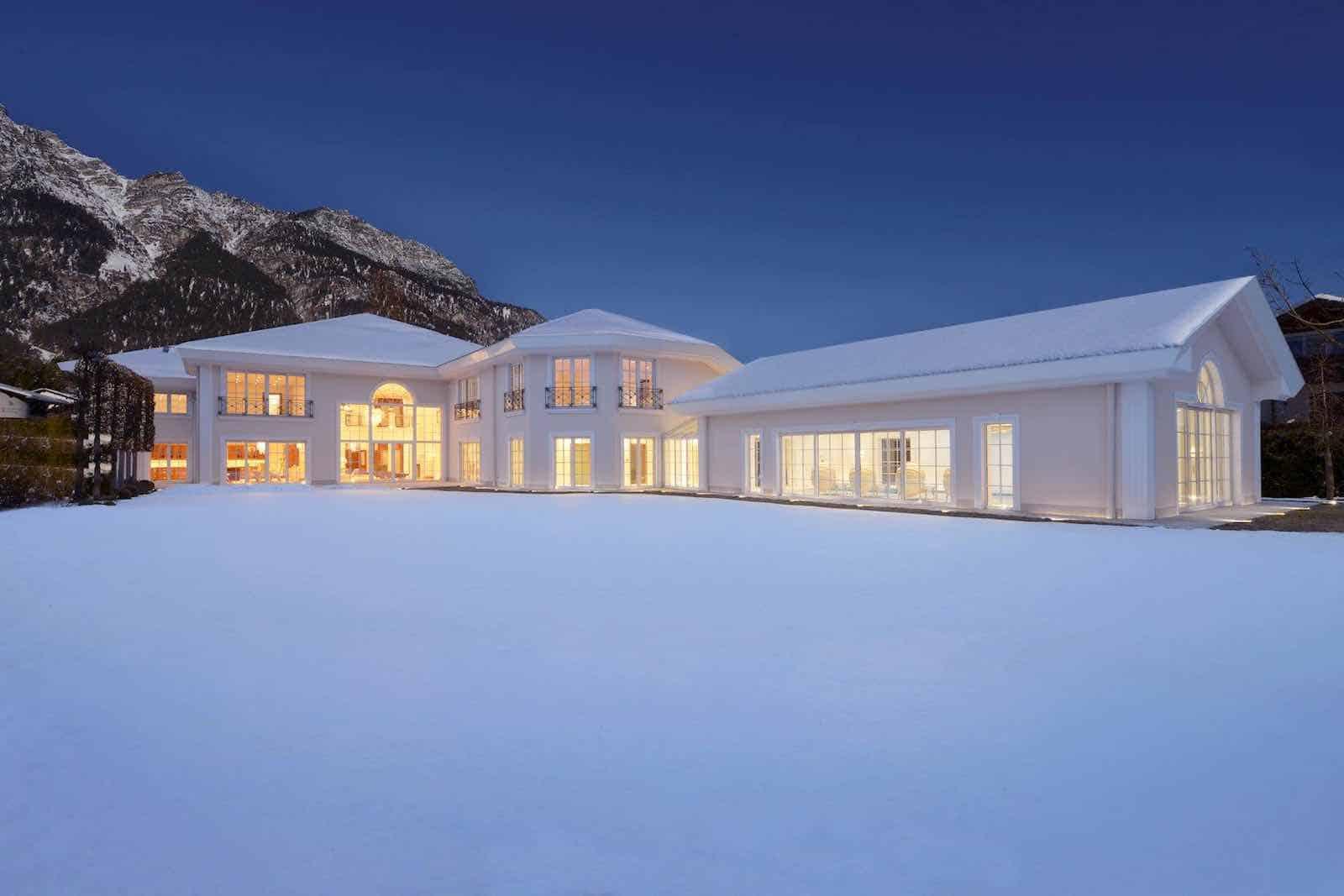 villa glory esta magnfica obra maestra de estilo neoclsico en garmisch baviera with ver casas de lujo por dentro