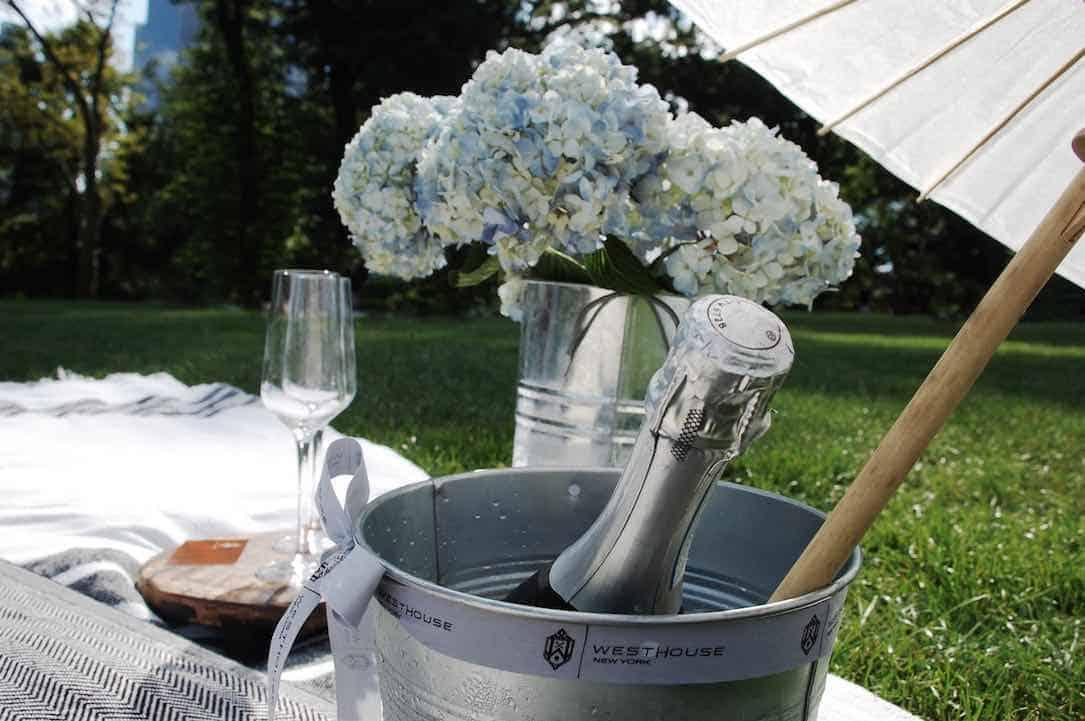 El hotel WestHouse New York ofrece experiencias de picnic para sus exclusivos huéspedes