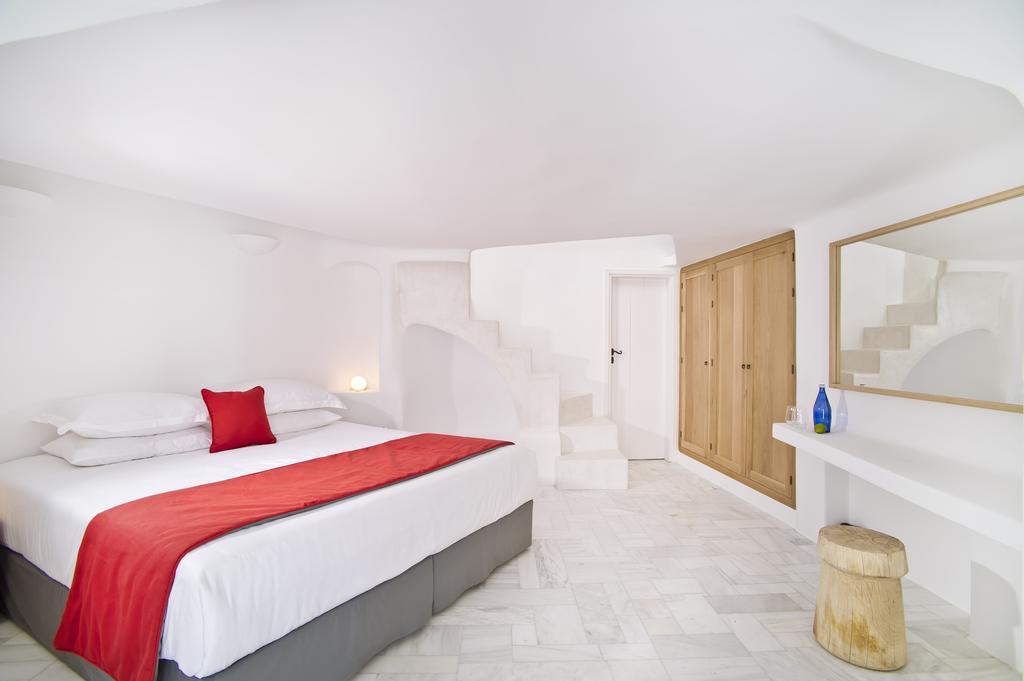 """Villa """"Avista Suites"""" en Imerovigli: La nueva joya de Santorini"""