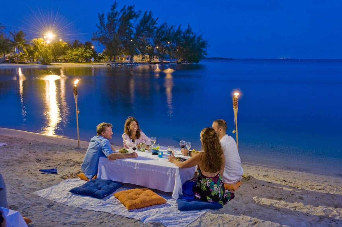 Islas Caimán: el edén de la gastronomía y las playas de América