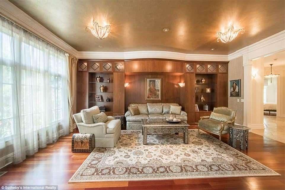 Magnate ruso y su hijo se suman al escándalo de Trump Jr. y ponen en venta sus mansiones en Nueva Jersey