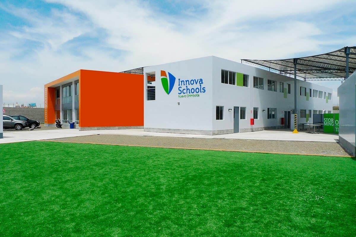 Un multimillonario peruano contrató a una firma de diseño de fama mundial para reestructurar el sistema de escuelas privadas de su país
