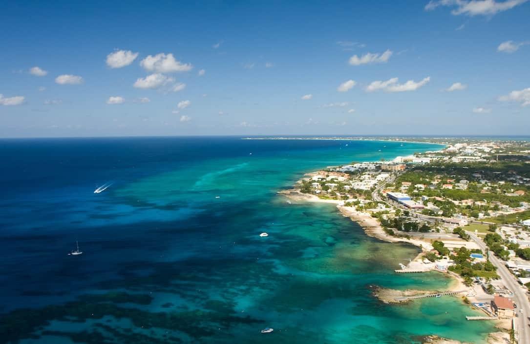 Grand Cayman – gastronomía, compras y paseos en la isla cosmopolita