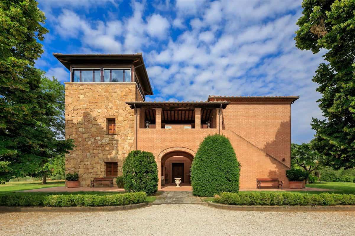 Esta maravillosa finca vitivinícola en Toscana con espectaculares vistas de Montepulciano puede ser tuya por $21 millones
