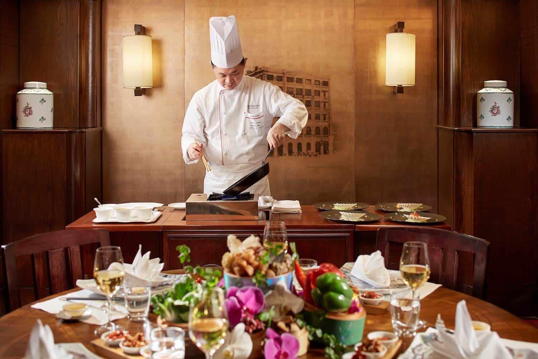 La cena Spring Moon Chef's Table Experience