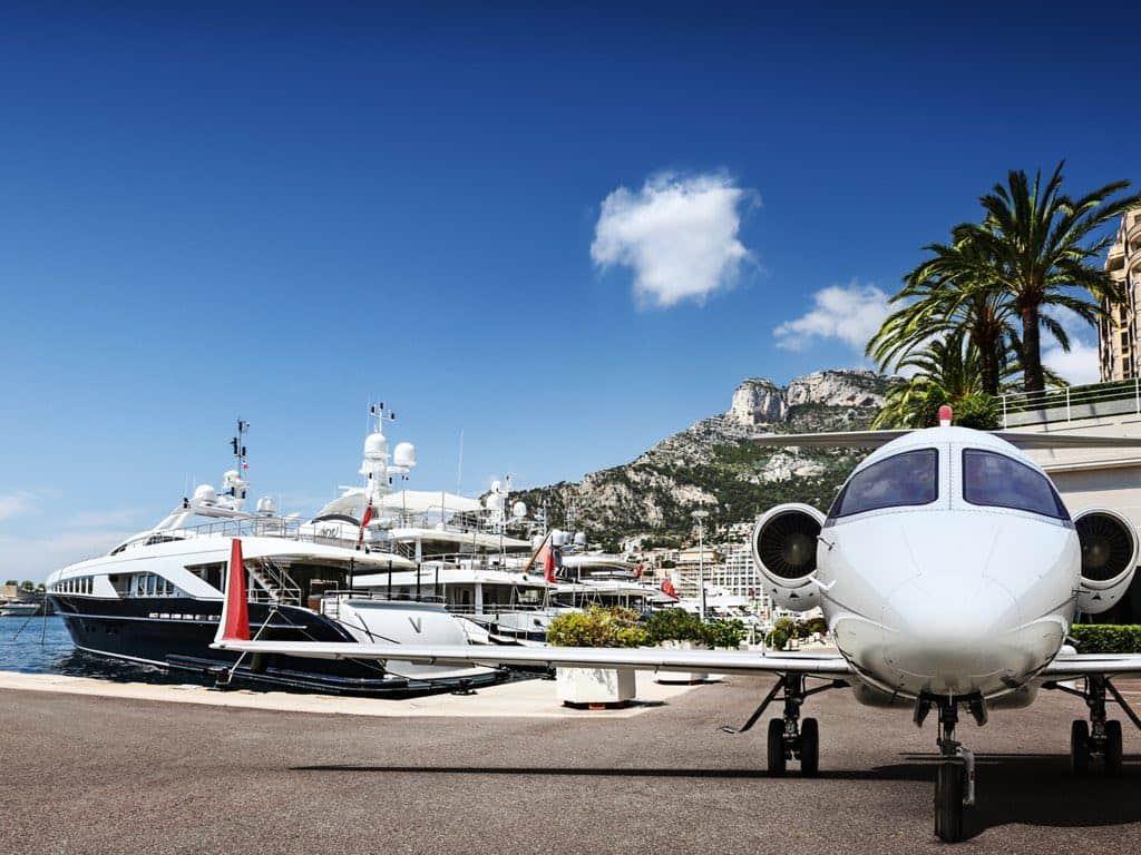 Fly Victor, Mónaco