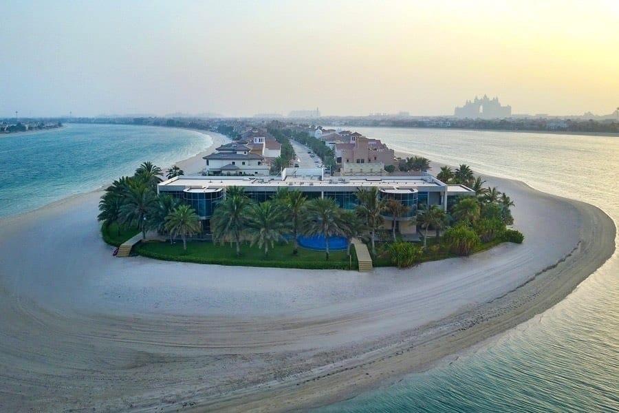 Esta exclusiva villa de $54,5 MILLONES en el emirato de Dubái está en venta ¡y viene con su propia discoteca!