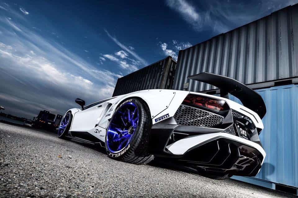 "Lamborghini Aventador SV ""Widebody"" por Liberty Walk"