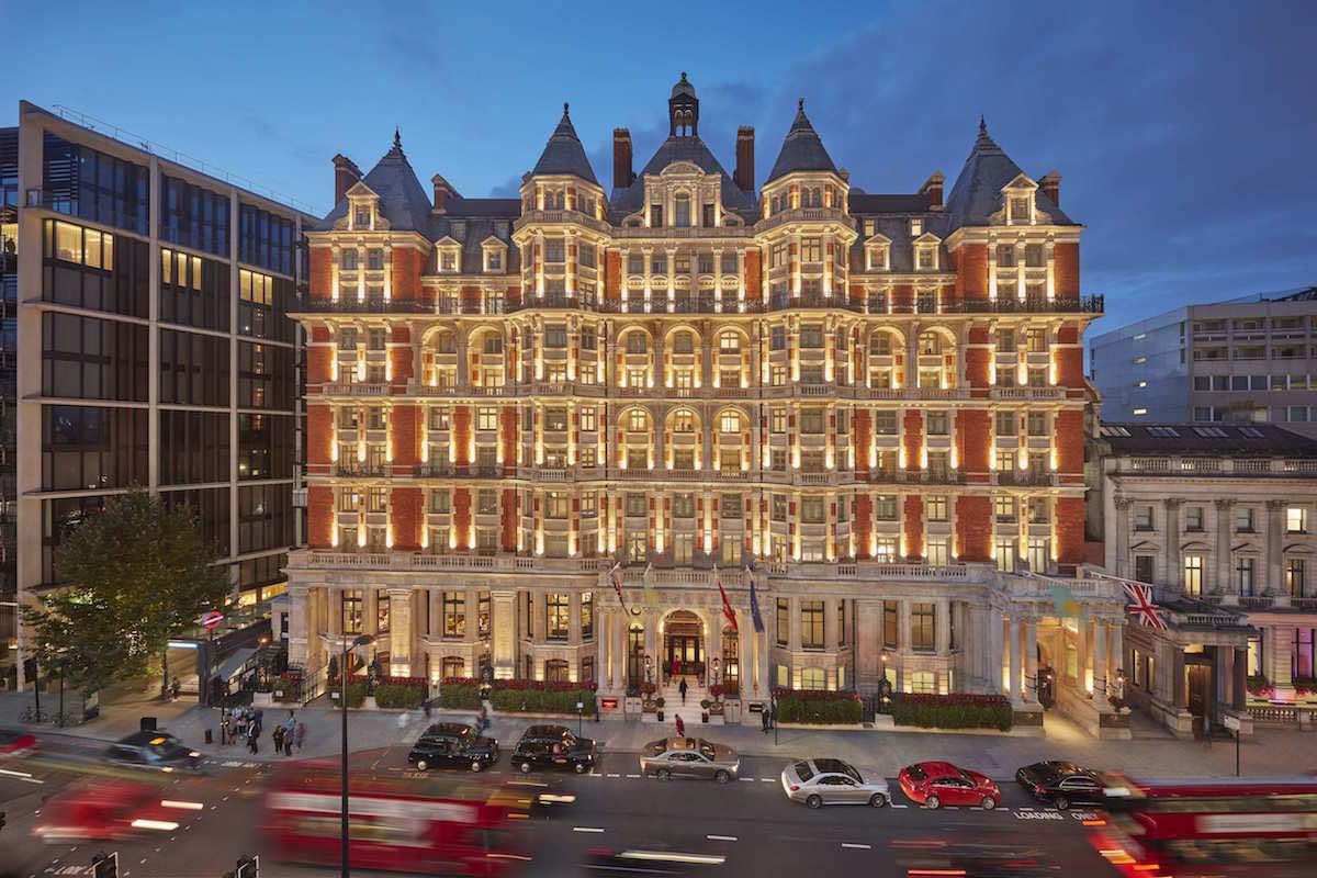 """El ultra lujoso """"Mandarin Oriental Hyde Park"""" en Londres, inaugura la primera fase de su profunda renovación"""