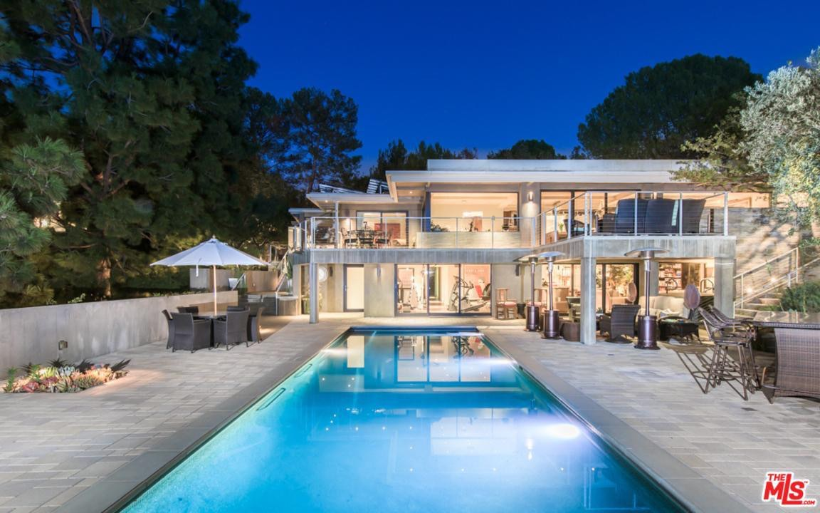 La mega mansión ecológica de Jane Fonda en Beverly Hills, California llega al mercado por $9,99 millones