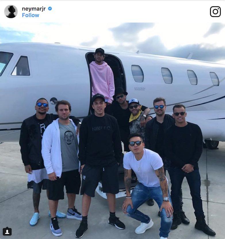 Avion Privado de Neymar