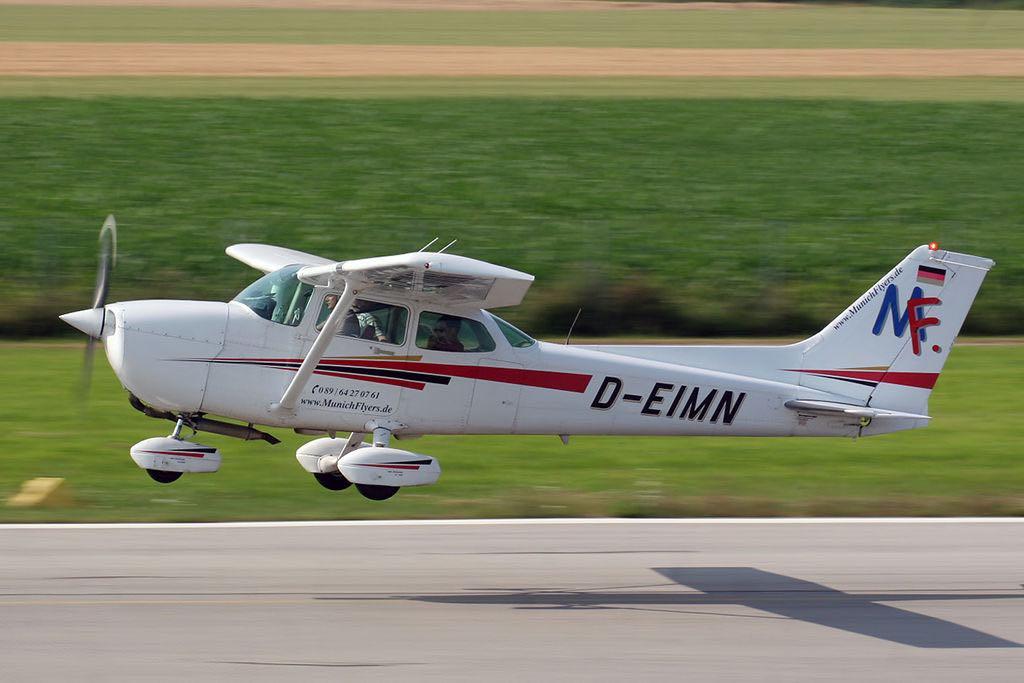 15 aviones que puedes comprar de acuerdo a tu cuenta bancaria