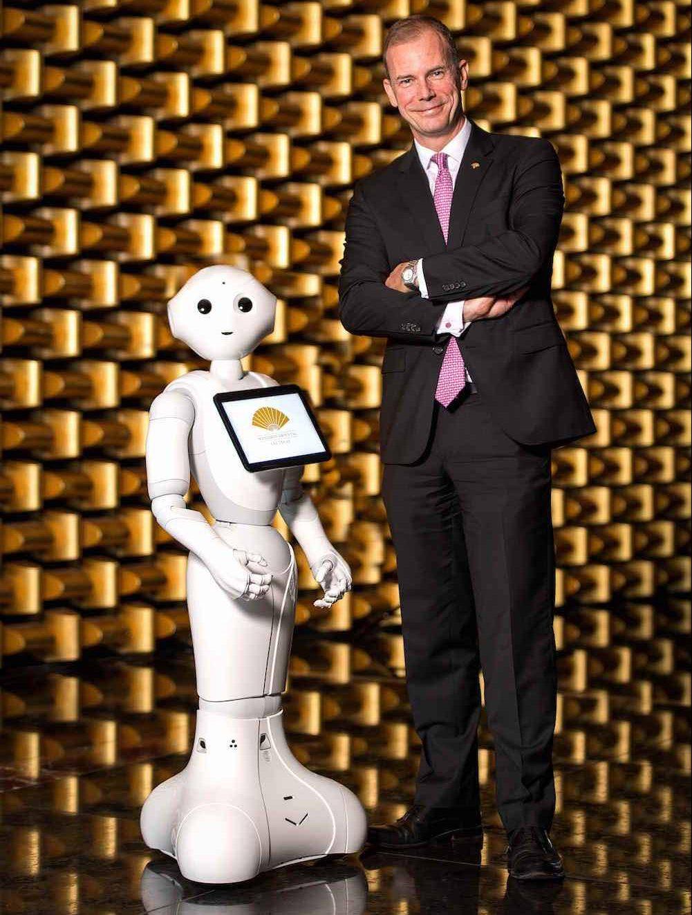 Mandarin Oriental, Las Vegas, anuncia el nombramiento de su embajador tecnológico: 'PEPPER', el robot humanoide
