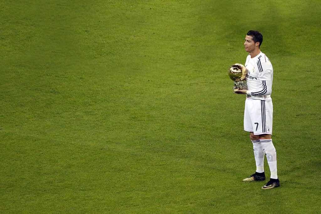 Cristiano Ronaldo, el #5 entre las 15 celebridades que ganaron más el año pasado.