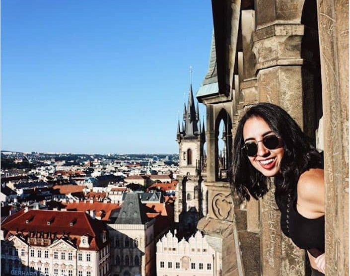 Lisette Calveiro: Joven de 26 años acumuló una deuda de $10.000 intentando convertirse en una influencer de Instagram