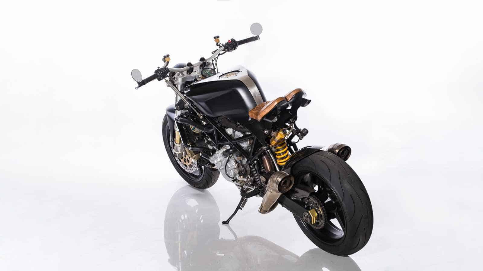 Ducati ST4S Cafe Fighter por Ozz Customs