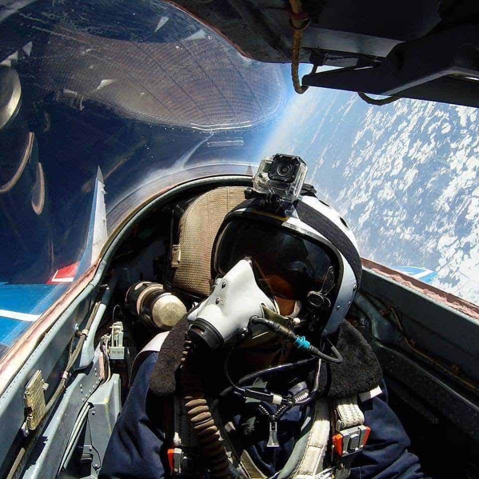AHORA podrás dar un paseo al borde del espacio en un increíble avión supersónico MiG-29 Fulcrum por $18.400