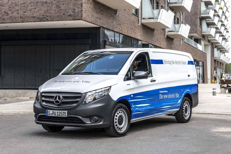 Amazon agrega 100 furgonetas eléctricas Mercedes-Benz a su flota de vehículos de entrega