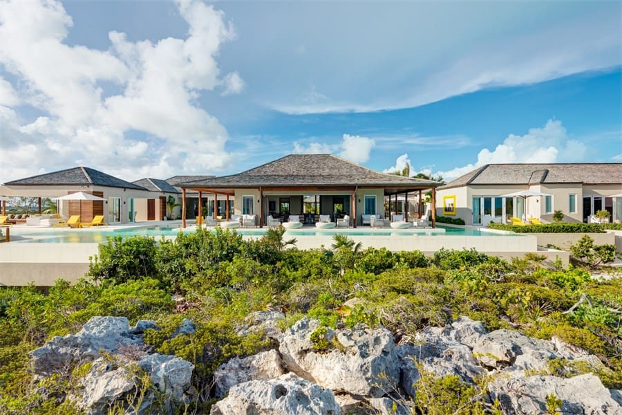 Turtle Tail Estate: Este paraíso tropical de 4.57 ACRES en las Islas Turcas y Caicos se vendió por $25 millones