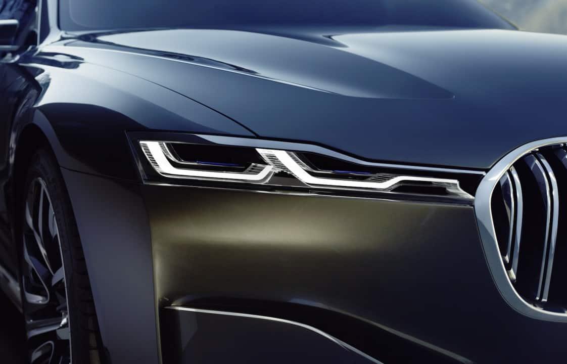 BMW tiene grandes planes para el 2020: Un súper lujoso modelo que luciría como un Rolls Royce y un auto 100% eléctrico