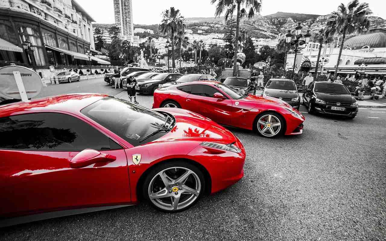 Automóvil Ferrari
