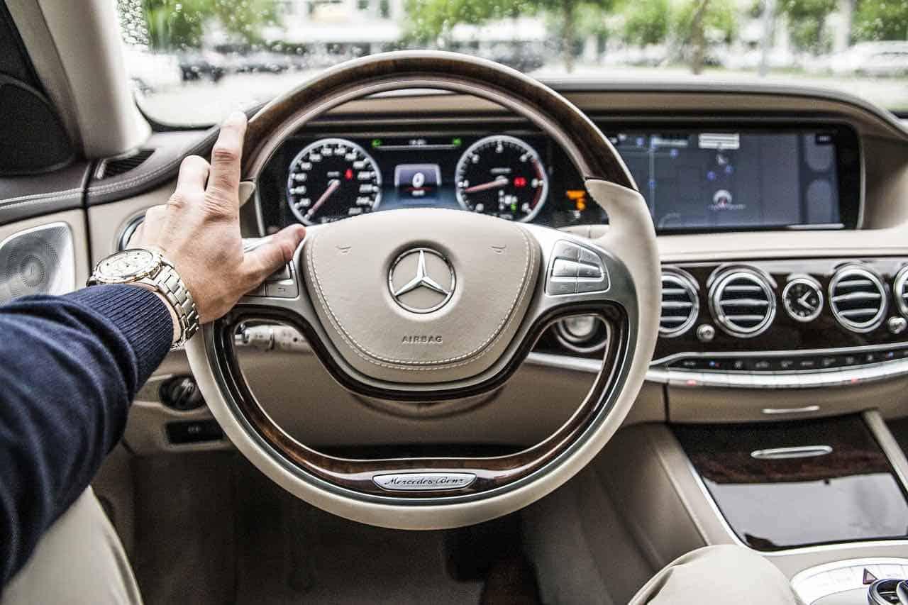 """¿Quieres vivir como un millonario"""" con estos 9 consejos podrás disfrutar de los lujos de los más poderosos del mundo"""