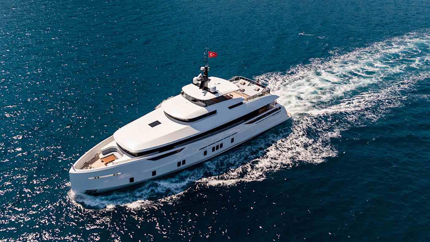 Virgen del Mar VI: Nuevo mega yate de lujo por Alia Yachts