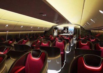 Boeing Company hace alarde del interior de la próxima cabina con techos LED y pantallas curvadas
