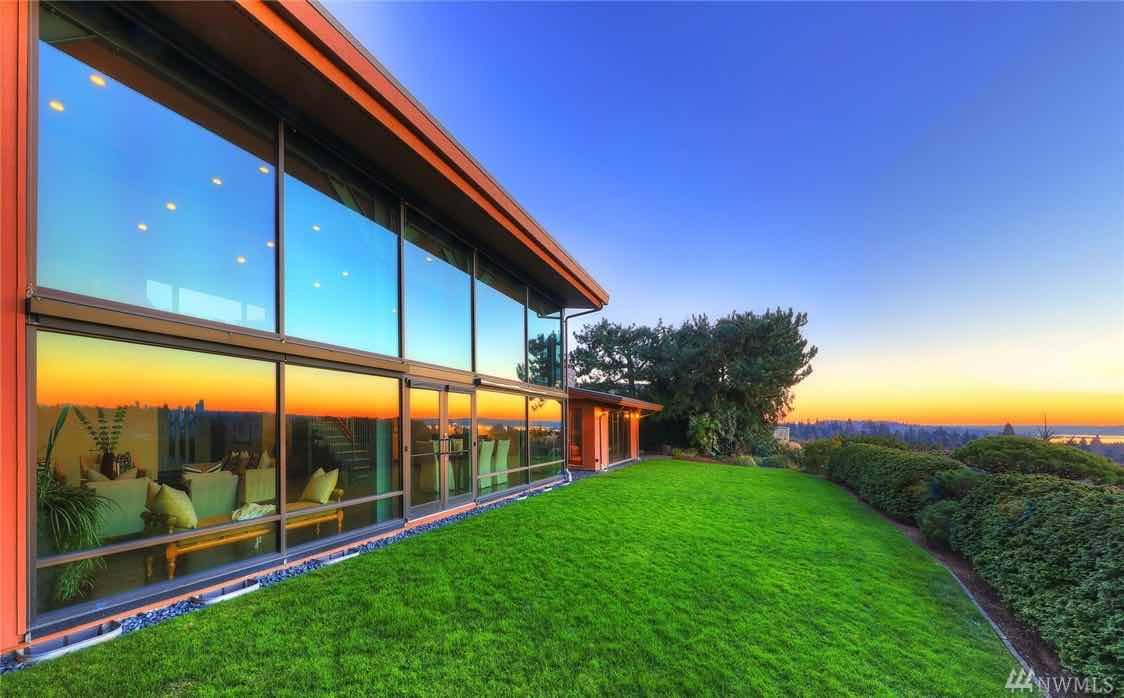 El CEO de Microsoft, Satya Nadella, ha puesto a la venta la que ha sido su casa en los últimos 15 años en $3,7 millones
