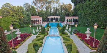Legendaria mega mansión en Beverly Hills, California está de vuelta en el mercado, con un precio $135 millones