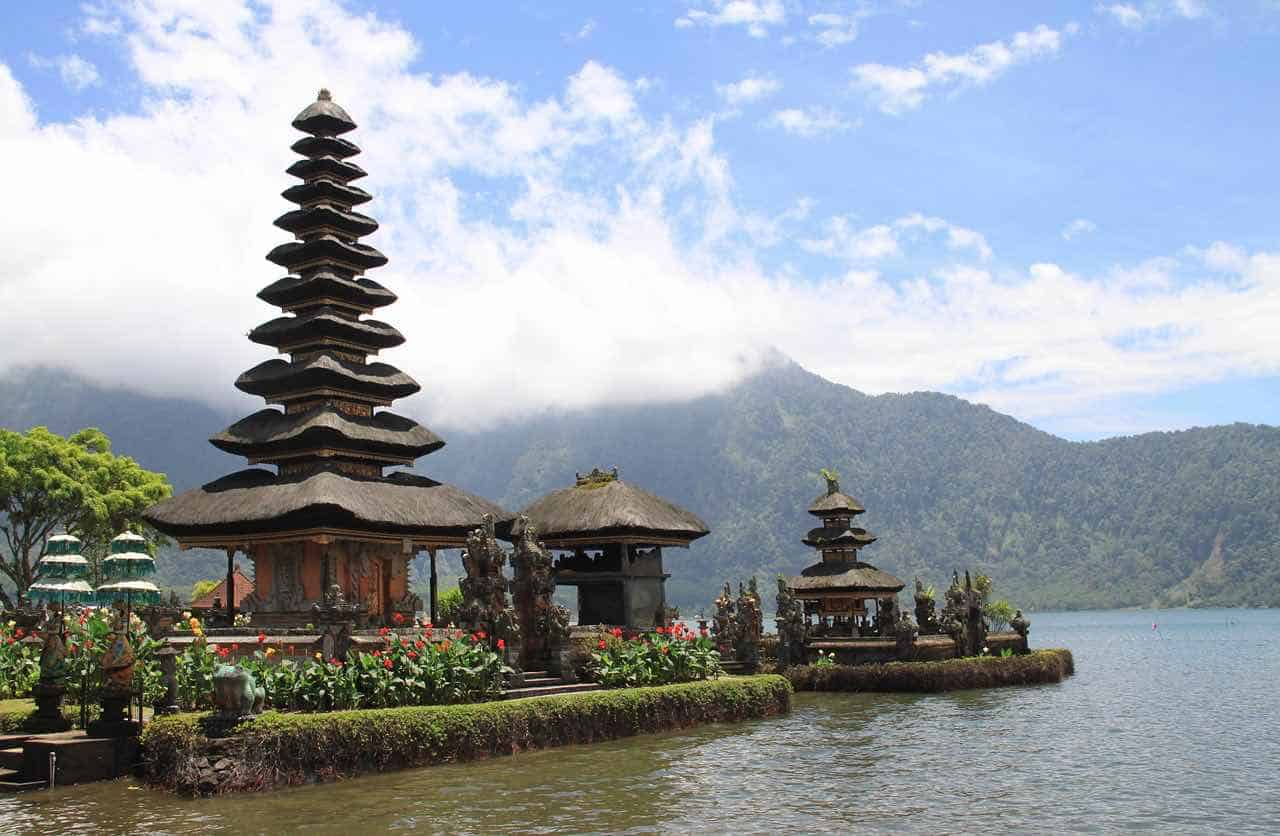 Pagoda, Indonesia
