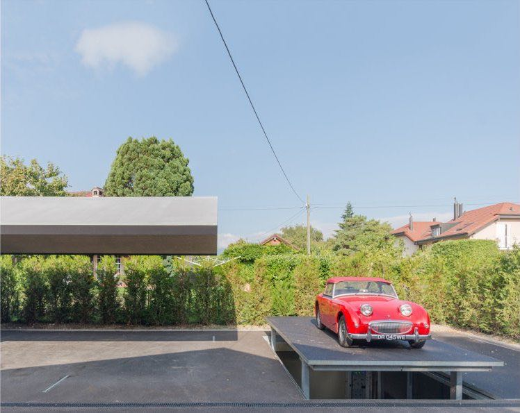 James Bond se sentiría orgulloso de este súper garaje subterráneo creado por la compañía suiza B29