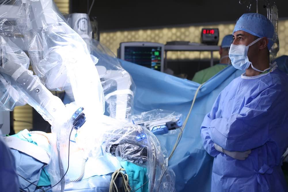 David C. Paul: Robot de cirugía para la columna vertebral convirtió a este empresario en un multimillonario
