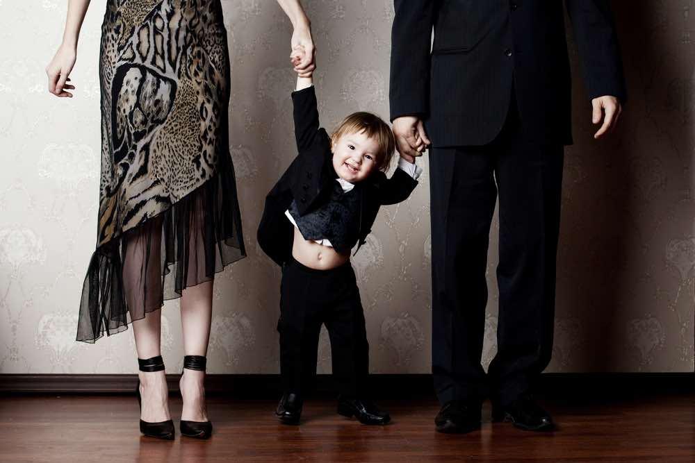 15 lecciones que los padres ricos enseñan a sus hijos, que los padres pobres no lo hacen