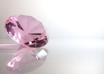 "Diamante ""Pink Legacy"" se vende por $50 millones ¡récord!"