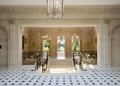 """La mega mansión """"Chateau Louis XIV"""" en París se acaba de vender por $301 millones, convirtiéndola en la casa más cara del mundo ¡Jamás Vendida!"""
