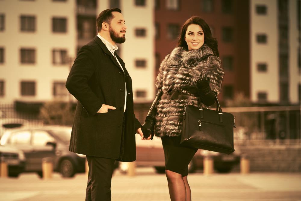 """¿Quieres encontrar al hombre rico de tus sueños"""" Con estos consejos de Anna Bey tendrás un rápido acenso hacia la riqueza"""