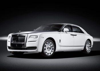 "Rolls-Royce Ghost ""Eternal Love"" Edition, le rinde homenaje al cisne blanco"
