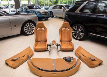 Este completamente nuevo interior de un Bugatti Veyron está a la venta en eBay por $150.000