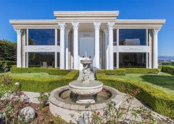 Via Casa Alta: Esta hermosa mansión de tres pisos y majestuosas vistas al océano en La Jolla, California se vendió por solo $5 millones