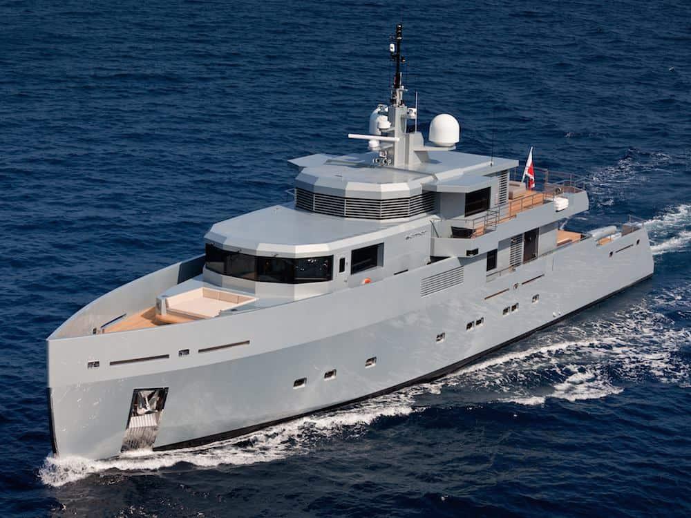 SO'MAR: Un verdadero y súper espectacular mega yate de 38 metros construido por Tansu Yachts