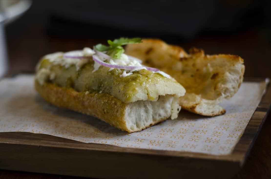 El aroma y la tradición por el pan recién horneado llega a Querétaro