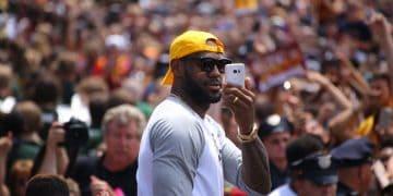 LeBron James firmó un contrato de por vida con Nike por más $1.000 millones