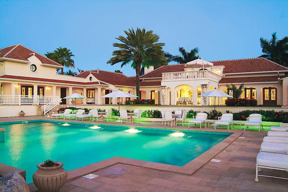 Le Château Des Palmiers: Para tus próximas vacaciones, renta esta ultra lujosa propiedad frente al mar en Plum Bay, San Martín
