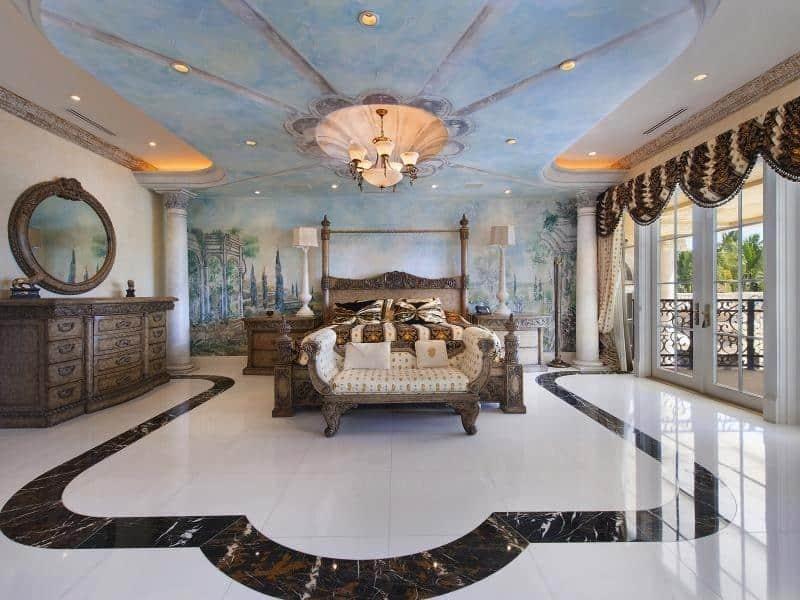 Esta suntuosa mansión de estilo italiano en la exclusiva Palm Island, Miami Beach se vendió por $17 millones