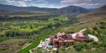 """Four Peaks Ranch: Un mega espectacular rancho dentro de 876 acres privados en Snowmass, Colorado que """"ahora"""" puedes comprar por $50 Millones"""